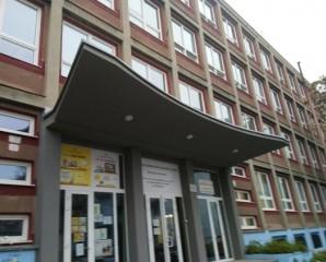 e0b576490e57d Stredná odborná škola obchodu a služieb Samuela Jurkoviča   Galéria    Západoslovenskí elektrikári